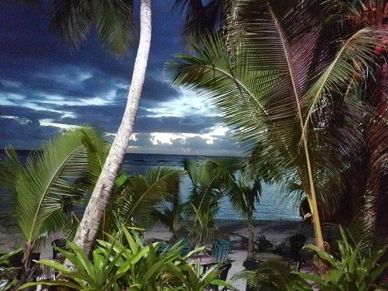 Arorangi, หมู่เกาะคุก: IMG_20170509_184510_large.jpg