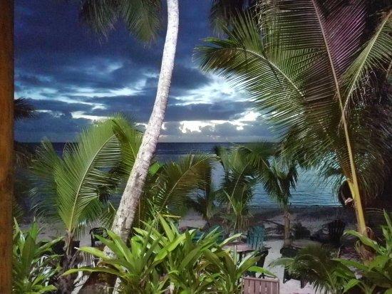 Arorangi, หมู่เกาะคุก: IMG_20170509_184515_large.jpg
