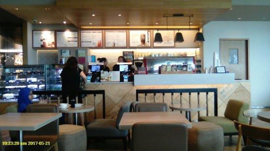 The Coffee Bean Tea Leaf Cafe Singapore Changi Restaurant Reviews Photos Tripadvisor