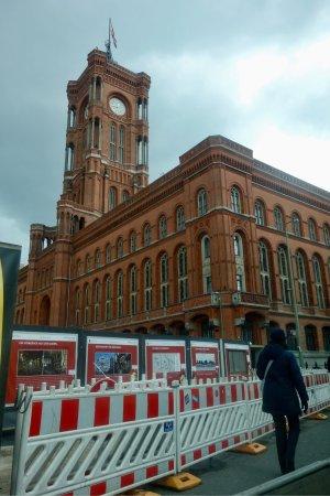 Rotes Rathaus: Красная ратуша