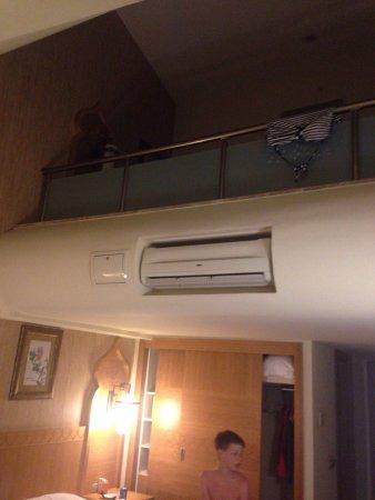Royal Dragon Hotel: photo0.jpg