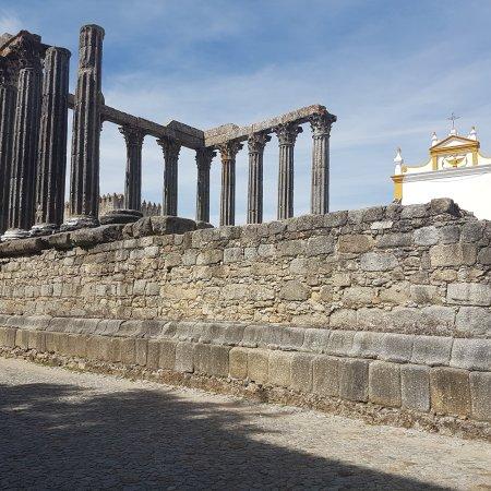 Templo Romano de Évora (Templo de Diana): IMG_20170520_181220_511_large.jpg
