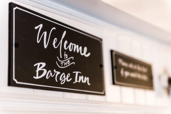 Battlesbridge, UK: Welcome to The Barge