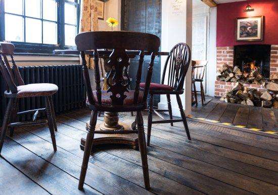 Battlesbridge, UK: Table 7