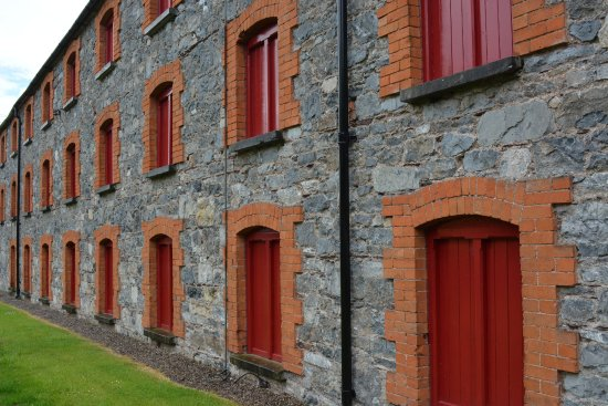 Midleton, Irland: Original buildings