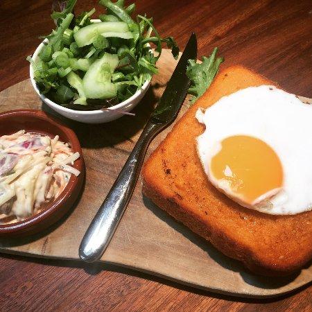 Ellon, UK: Proper cheese toastie with ham hock terrine and gruyere fondue, beer braised onions