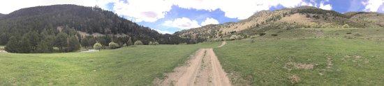 Arros, Spain: Las primeras fotos son de cabanas y luego podeis ver algunos paisajes de la zona