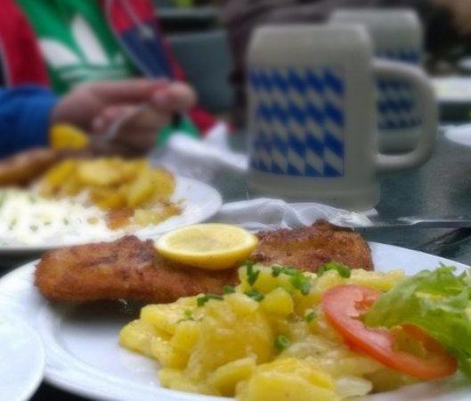 Forchheim, Germany: Schnitzel und ein Kellerbier aus dem Steinkrug!