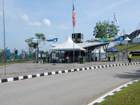 Sepang, Malaysia: K1スタンド出入り口