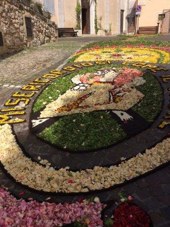 Roccasecca, Italy: Infiorata del Corpus Domini