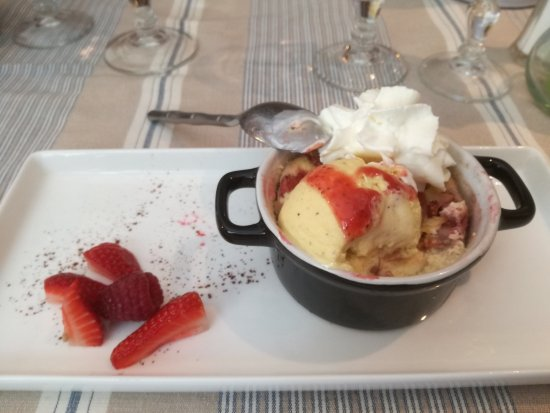 Marignane, Frankrig: Le dessert.