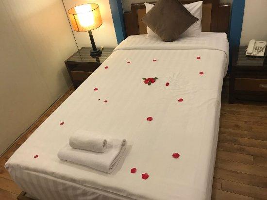 Splendid Star Grand Hotel: IMG-20170519-WA0008_large.jpg