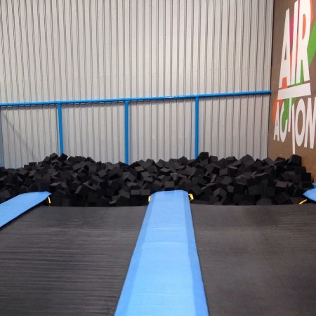 Chirnside Park, Australia: Air Action Trampoline Centre