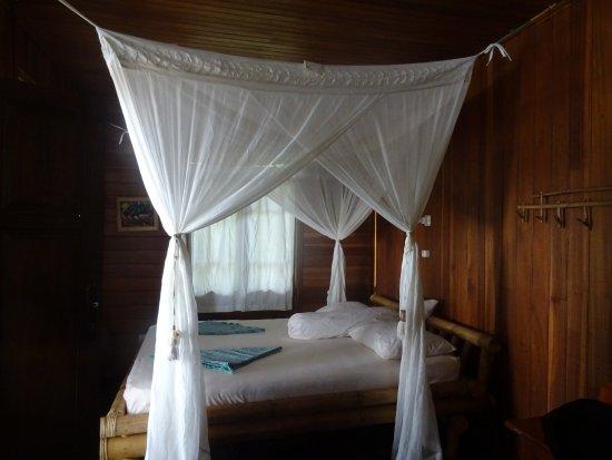 Pulisan, อินโดนีเซีย: Arrivons enfin à notre bungalow après un trajet TRES FATIGANT