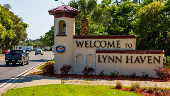 Lynn Haven, FL: Welcome sign Hwy 77 North