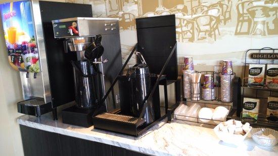Travelodge Hotel Saskatoon: Breakfast