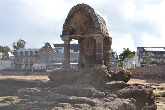 Pluvigner, France: Sur la plage légèrement excentré à voir
