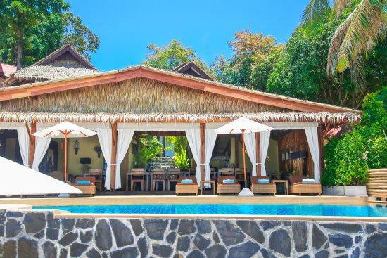 Beyond The Blue Horizon Villa Resort Picture