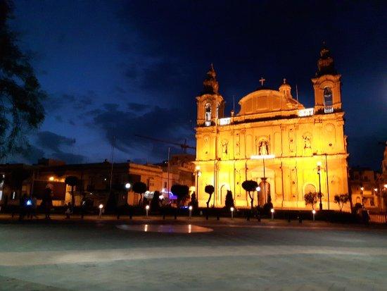 Msida, Malta: Kościół w nocy