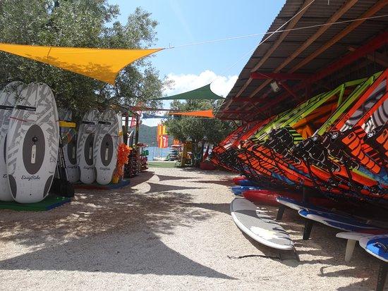 Viganj, Hırvatistan: equipment rental centre