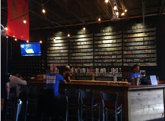 The Dayton Beer Company (Downtown): the bar