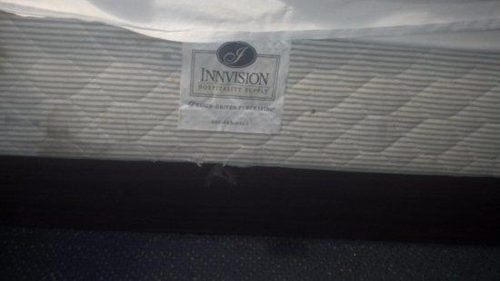 Kingsland, GA: medal bed frame sticking out