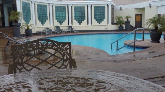 Meikles Hotel: 20161128_105922_large.jpg