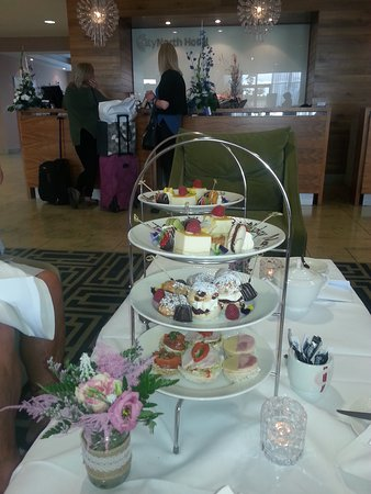 CityNorth Hotel & Conference Centre: Afternoon tea
