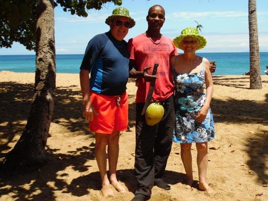 Deshaies, Guadeloupe: nos chapeaux tressès par l artiste