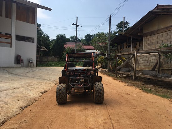 Chiang Rai ATV: I enjoy this half day tour a lot. The host - Sing, can speaks fluent English and some Cantonese.