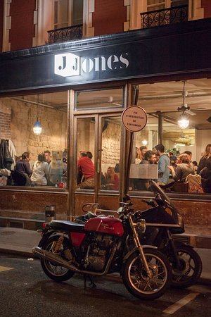 Restaurant Jones Rue Godefroy Cavaignac