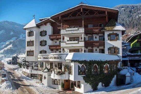 Hippach, Østerrike: Romantik Hotel Alpenblick aus ost