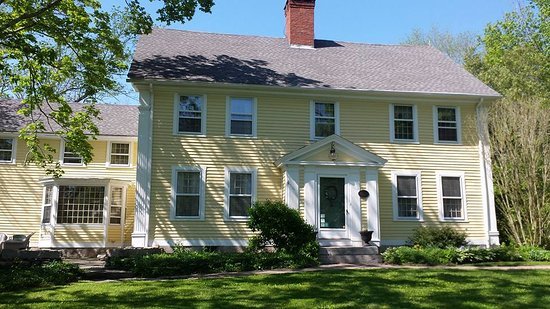 Ledyard, CT: Front of 1807 House