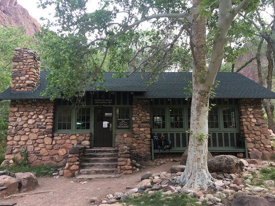 Phantom ranch dining and check in site picture of for Grand ranch