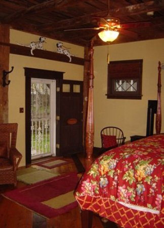 Quechee, VT: Be sure to book a stay in Christina's Cottage!