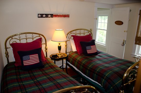 Quechee, VT: Our Lilly Irene Room with twin beds is perfect for single adults or children