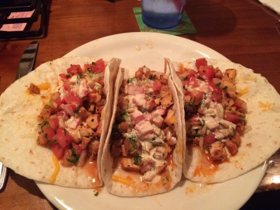 Sasquatch Tavern & Grill: Dog Valley tacos