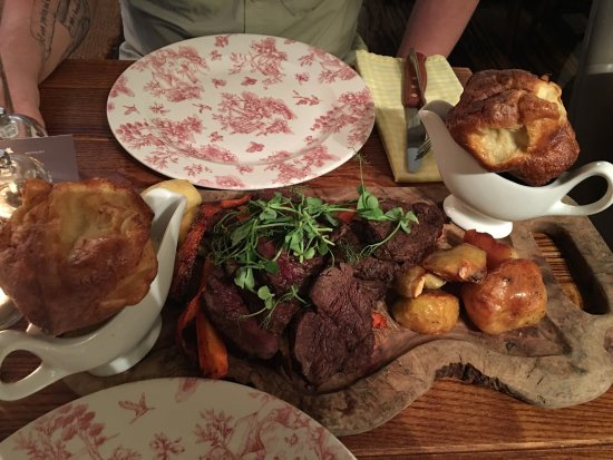 Rothley, UK: Post Roast - chateaubriand 👌🏼