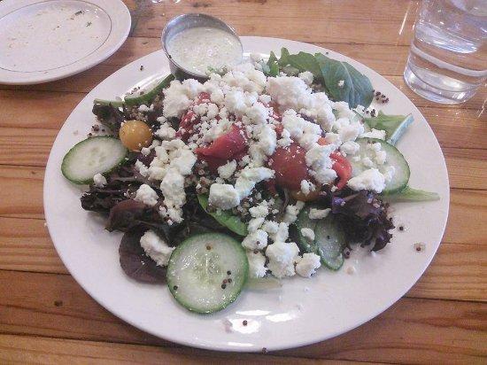 Wapakoneta, Огайо: Athena Salad