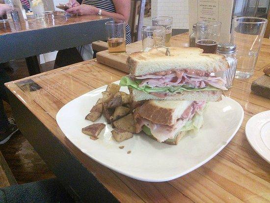 Wapakoneta, OH: Club Sandwich