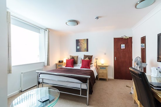 The P&M Paignton Residence: Deluxe King-Size Room 2