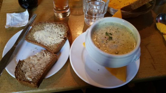 Lahinch, Ireland: Seafood chowder