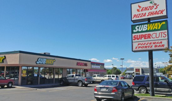 Clifton, CO: Sign
