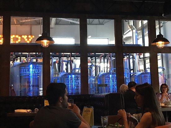 Clarkston, Мичиган: Parker's Hilltop Brewery