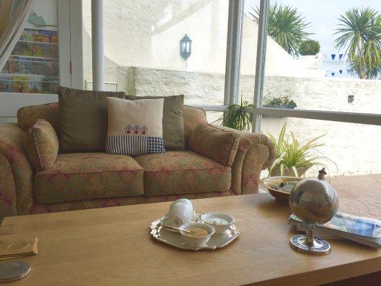 Headland View: Sun lounge