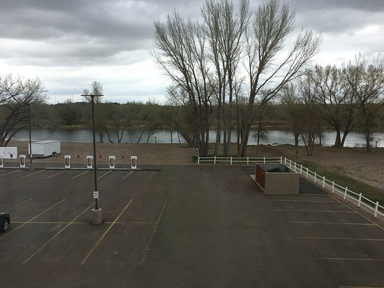 Ogallala, NE: Back of hotel