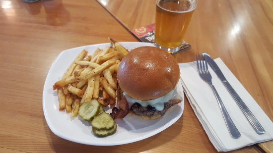 Westfield, MA: Smokey Bacon Burger