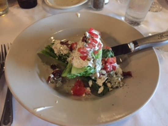 """Oak Lawn, IL: """"Italian Wedge"""" Salad"""