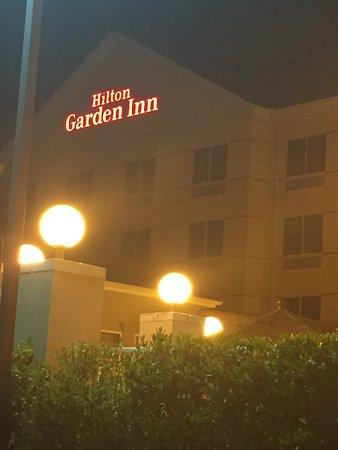 Hampton Inn & Suites Fresno: photo0.jpg
