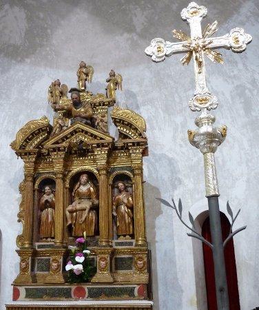 Majano, Italia: Altare Ligneo